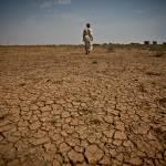 Dürren Die Dürren bereiten den Menschen in Afrika sehr starke Probleme. | Bild (Ausschnitt): © Oxfam International [CC BY-NC 2.0]  - Flickr